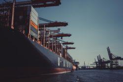 Transport kontenerów - załadunek